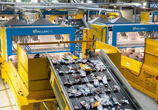 Pellenc ST - le tri intelligent et connecte pour l'industrie du recyclage